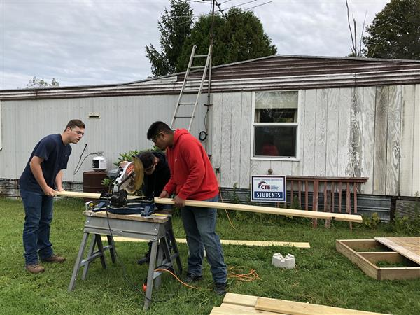 Citi Students Build Ramps With Arise